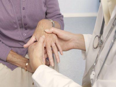 Симптомы и лечение артроза пальцев в домашних условиях