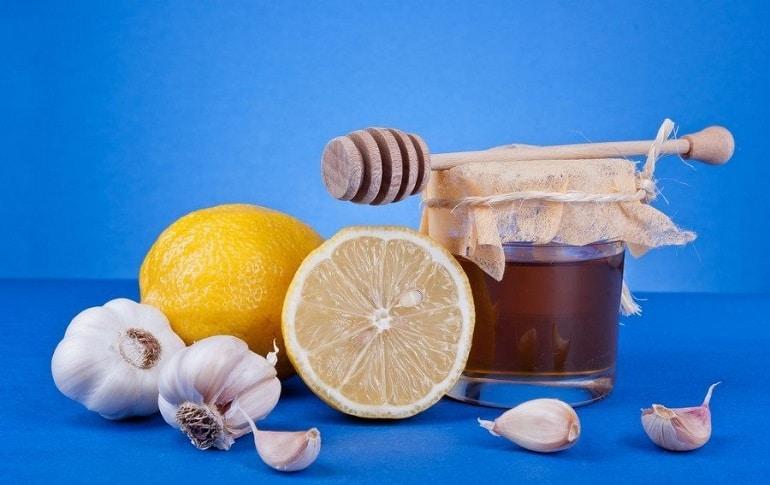 чистка сосудов лимоном чесноком и медом