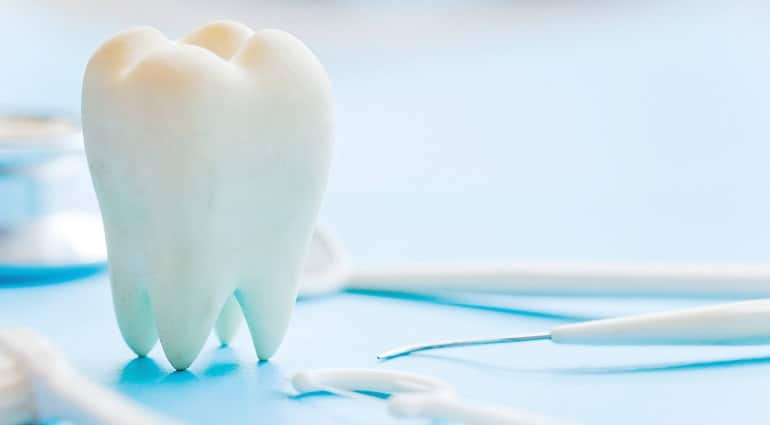 о треснувшем зубе